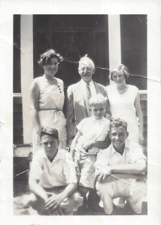 Charles Heap with grandchildren Dorothy Dougherty, Charles, June Heap Walter Dougherty, Tom Bush, and Robert Dougherty